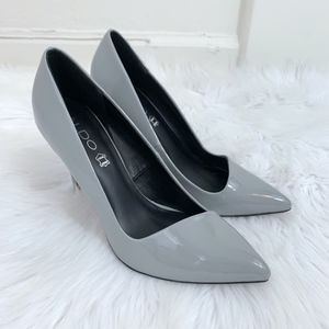 Aldo Gray Patent Leather Pointy Toe Heels Size 7
